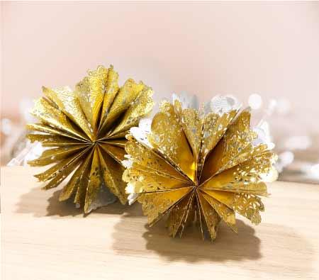 Estrellas decorativas de navidad con rodales de papel en grupo vifra